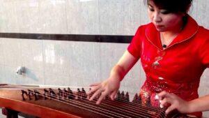 Jenis Alat Musik Yang Dimainkan Dengan Dipetik